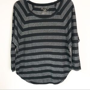American Eagle Top Women's Size S Black Silver